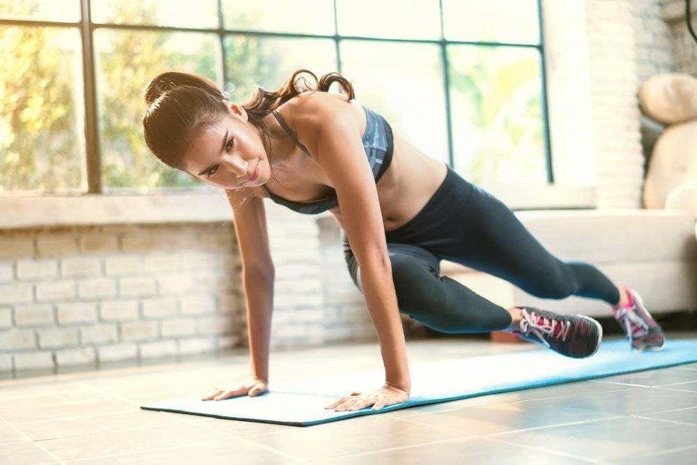 Фитнес: тренировки дома