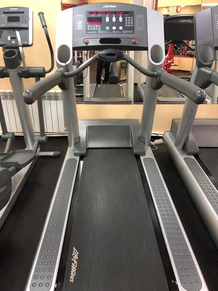 Спортивные тренажеры life fitness