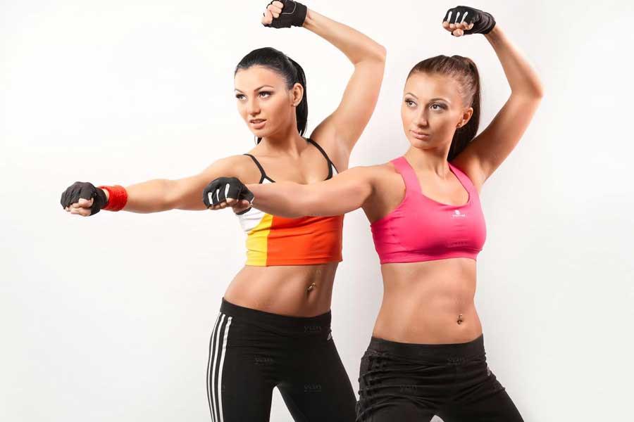 Тай бо - что это такое в фитнесе, плюсы и минусы тренировки для женщин и мужчин