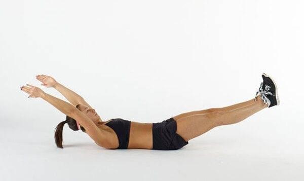 Корригирующая гимнастика для самостоятельной работы над осанкой
