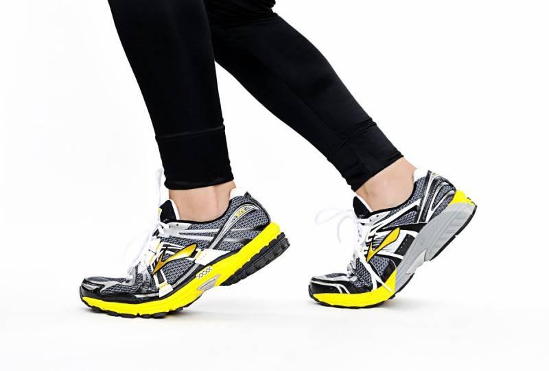 Кроссовки для беговой дорожки - как выбрать, лучшие модели и фирмы-производители, цена, отзывы