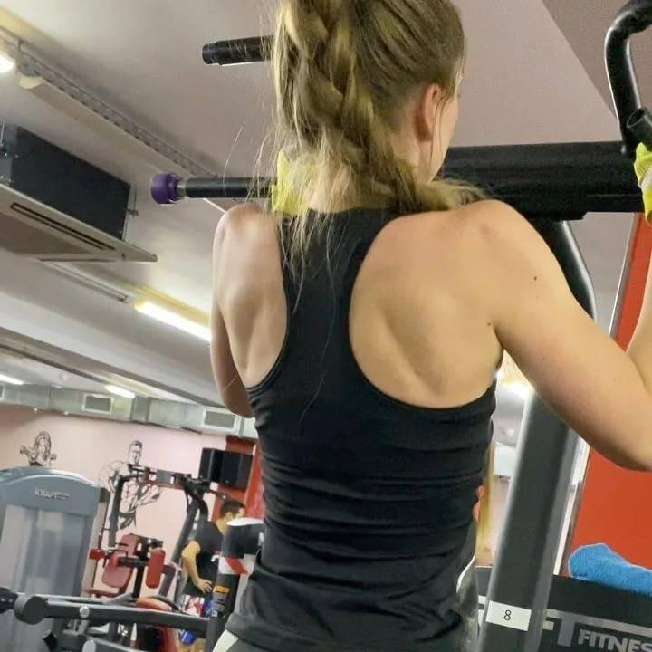 Тренировки в тренажерном зале для девушек. изучаем все тонкости и секреты.