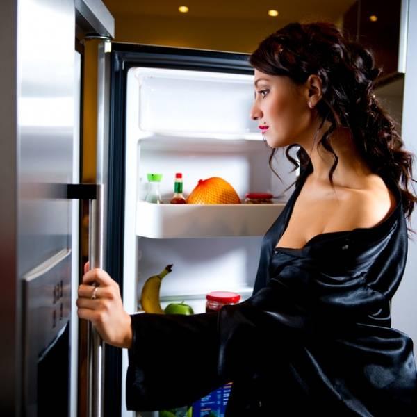 Почему нельзя кушать перед сном? - в блоге dietology.pro