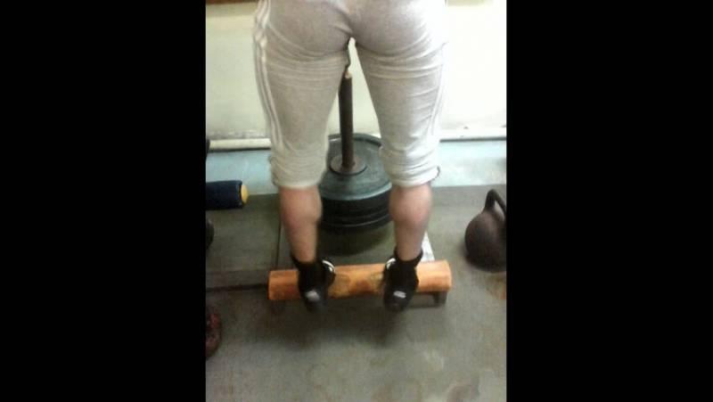 Как накачать икры ног: комплекс упражнений для тренировки икроножных мышц