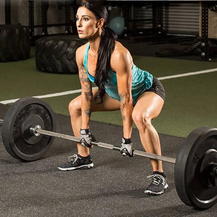 Становая тяга с гантелями: виды и техника выполнения упражнения