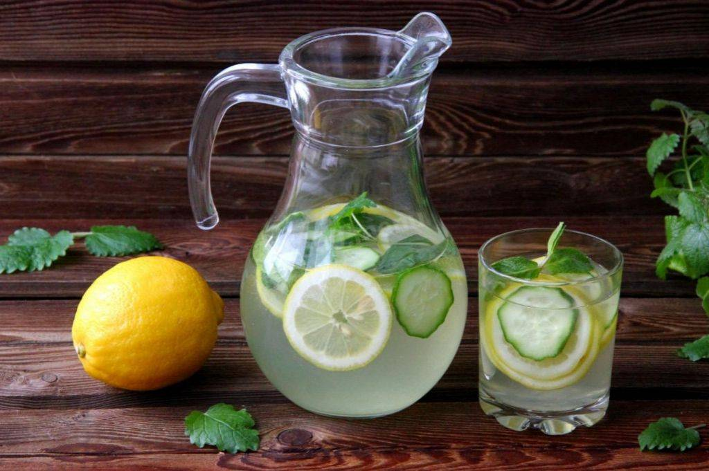 Вода с лимоном для похудения: как похудеть с помощью лимонного сока, как готовить в домашних условиях, отзывы, как принимать, польза и вред