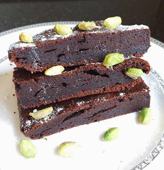 Брауни - 10 рецептов классического шоколадного брауни в домашних условиях с пошаговыми фото