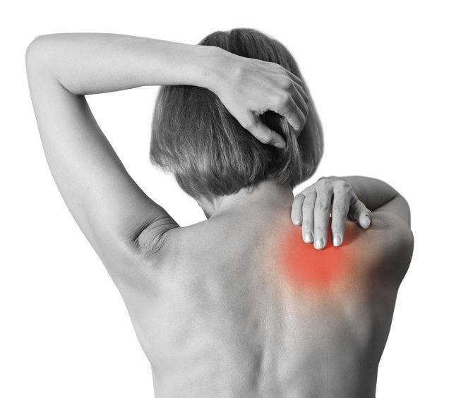 Причины и лечение боли слева под лопаткой сзади со спины