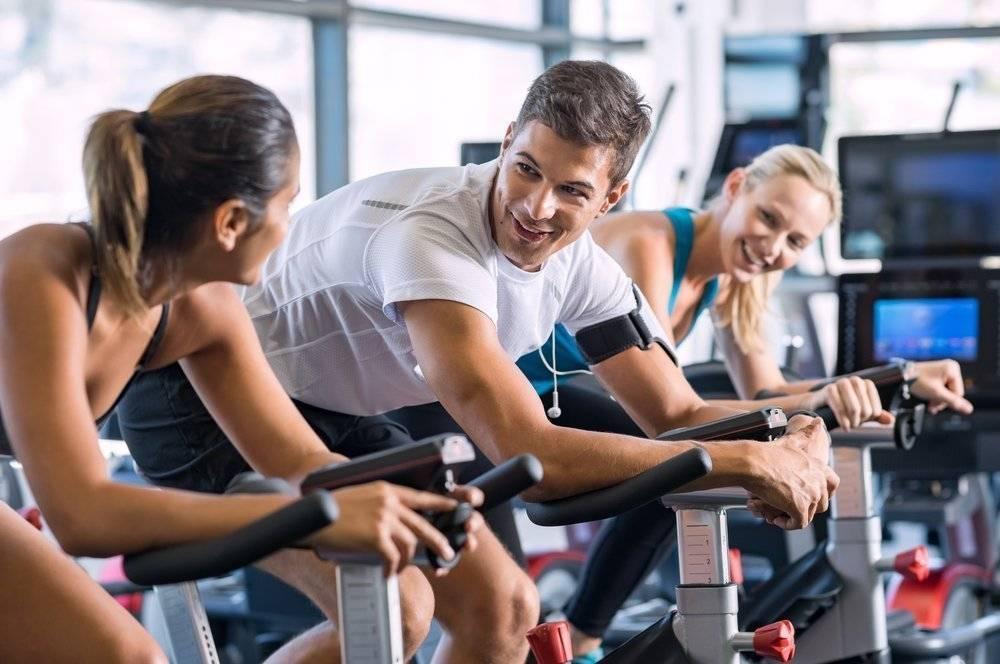 Программа тренировок для девушек в тренажерном зале, чтобы стать стройной и спортивной