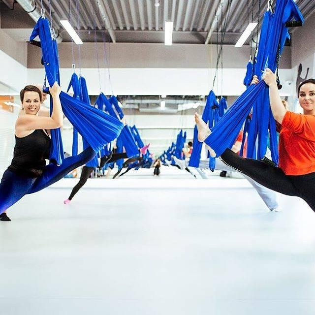 Стретчинг - что это такое в фитнесе, комплекс упражнений для начинающих, польза и вред занятий