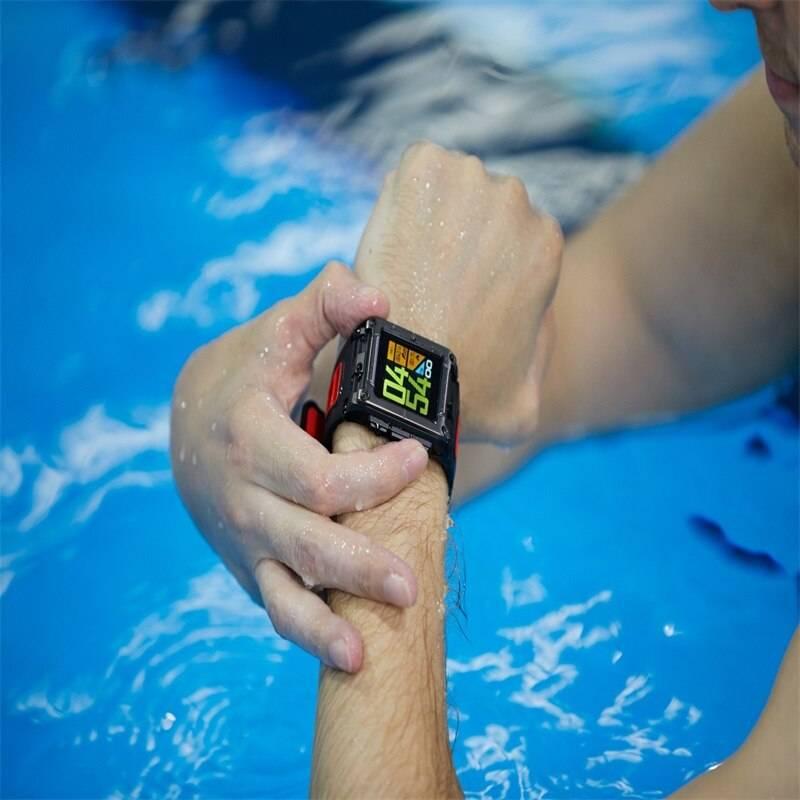 Топ 10 водонепроницаемых смарт часов для плавания