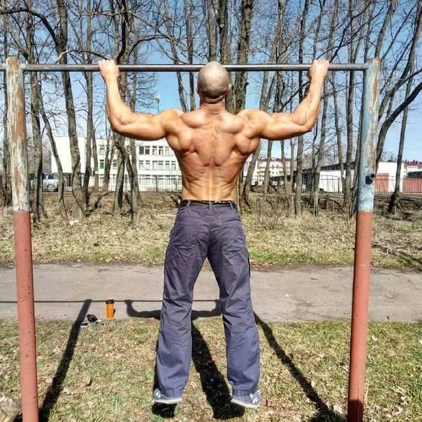 Тренировки на турнике и брусьях идеальное тело доступно каждому