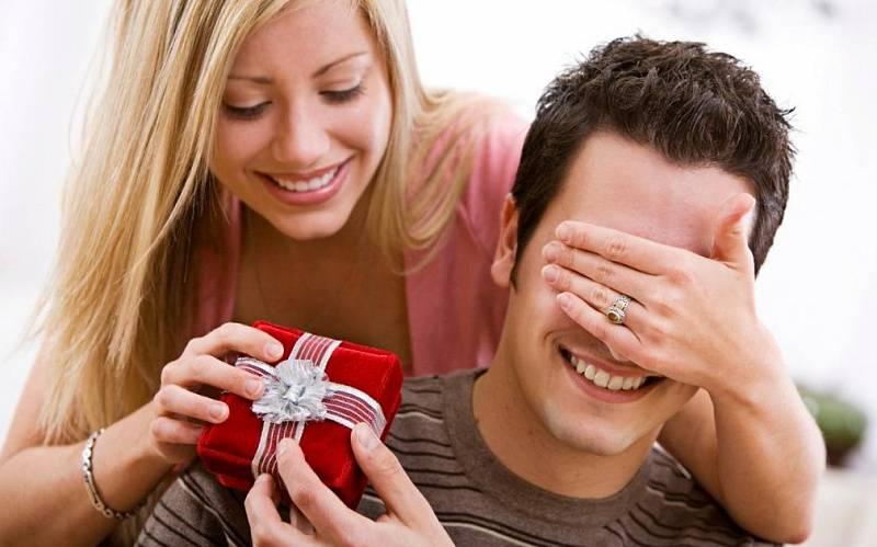 Почему нельзя дарить подарки заранее?