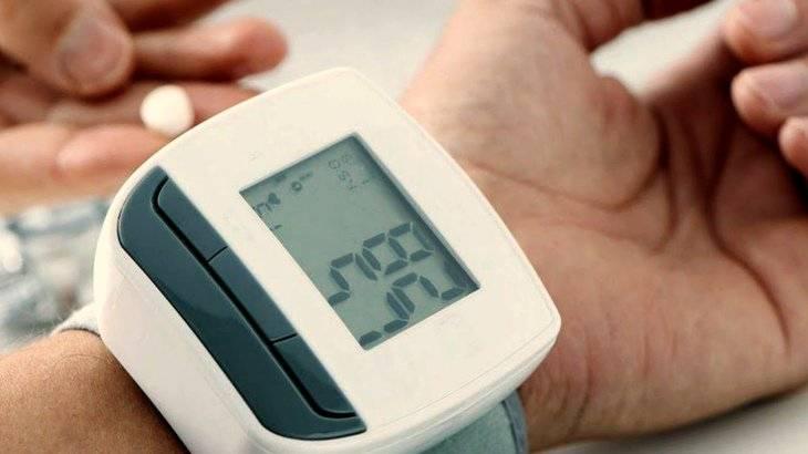 Как работать на даче с повышенным давлением без вреда для здоровья?