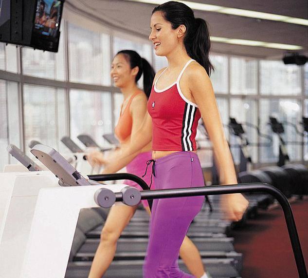 Что лучше для похудения - фитнес или тренажерный зал?