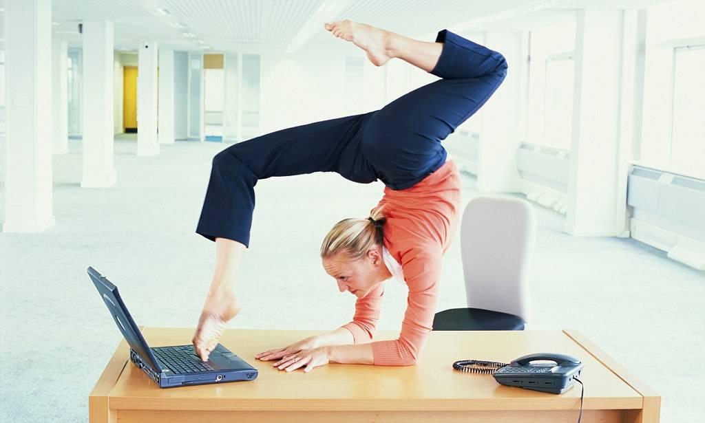 Офисная гимнастика: 30 упражнений при сидячей работе