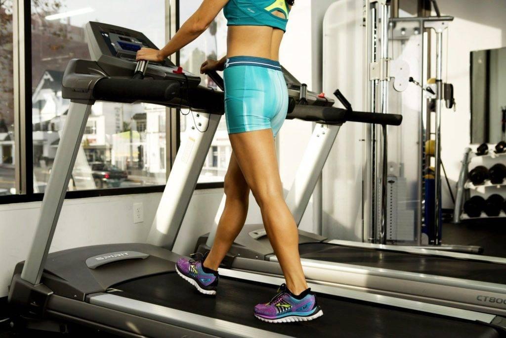Ходьба на беговой дорожке для похудения: отзывы, польза и программа тренировки