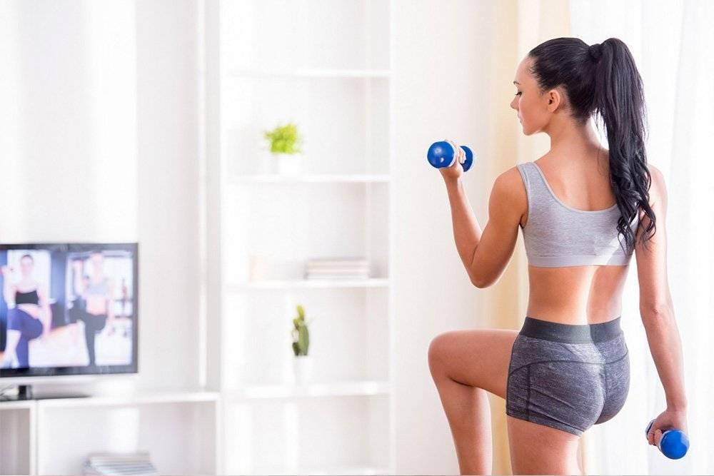 Программа тренировок для девушек в домашних условиях: с чего начать и как тренироваться дальше