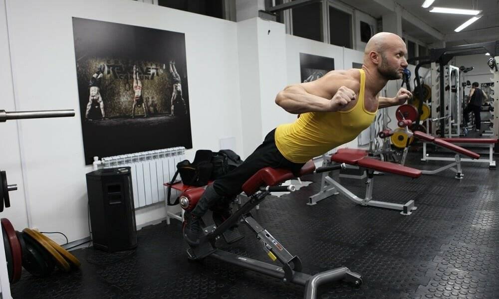 Упражнения на спину в тренажерном зале фото и видео. лучшие упражнения для укрепления спины девушки