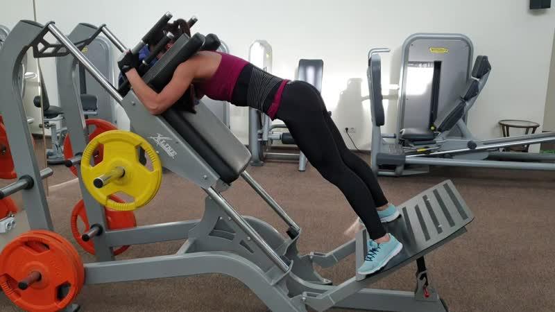 Гакк-приседания вариации и техника выполнения упражнения