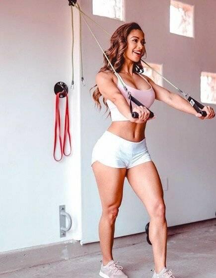 Бразильская фитнес-модель лаис делеон (lais deleon)