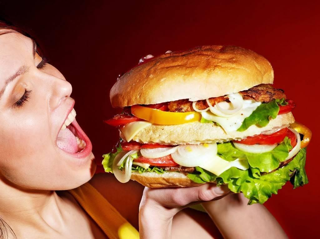 Как часто можно есть фастфуд, не опасаясь за свою жизнь