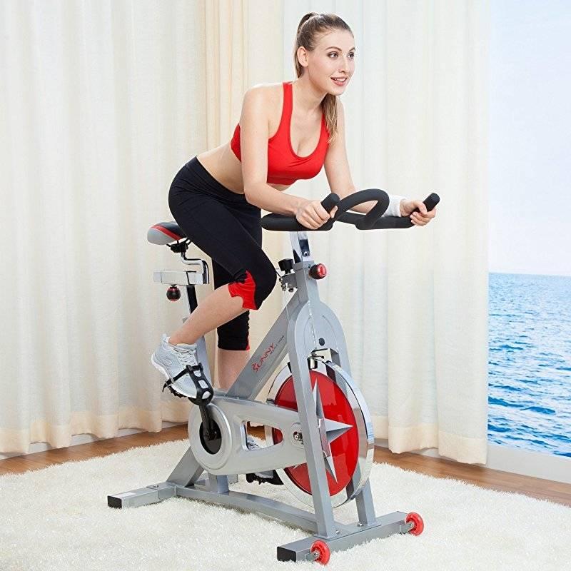 Велотренажер: польза, виды программ для занятий и рекомендации тренеров