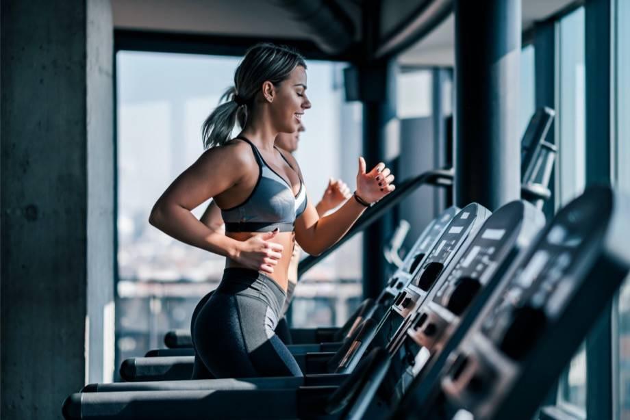 Фитнес не помогает похудеть, доказали ученые. зачем же он нужен?
