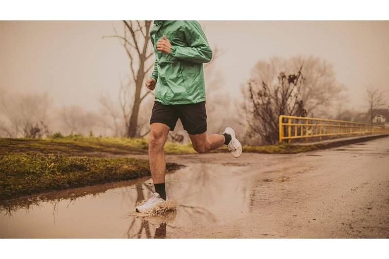 Одежда для бега зимой: в чем бегать и как правильно одеваться