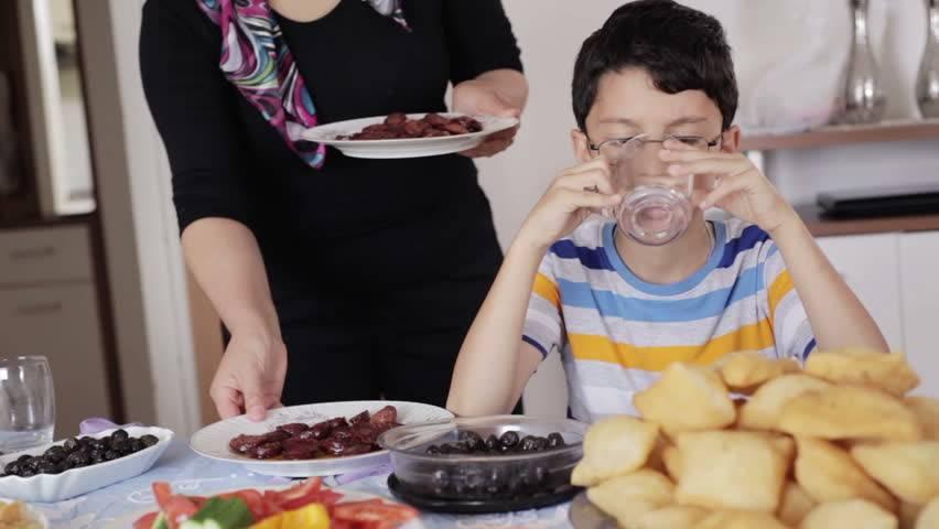 ⌛как питаться на интервальном голодании 16/8 и сколько пить. что можно есть в пищевое окно