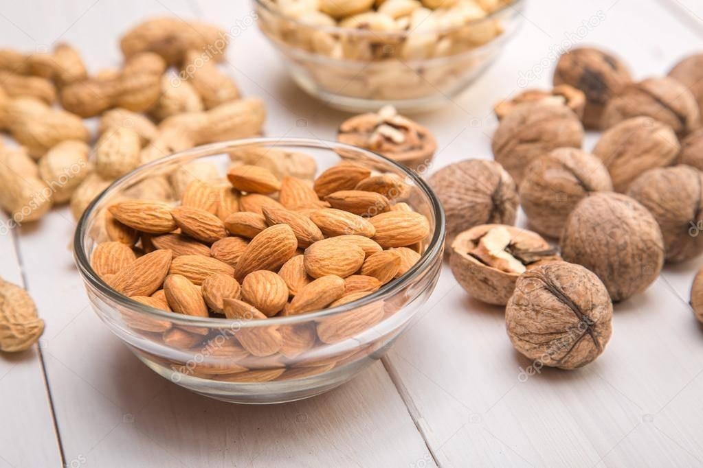 Топ-3 лучших ореха для спортсменов при наращивании мышечной массы и во время сушки? какие плоды есть не полезно?
