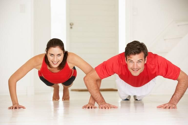 10 эффективных упражнений для утренней зарядки