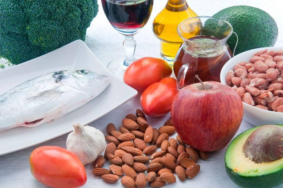 Как быстро снизить холестерин в крови в домашних условиях народными средствами?