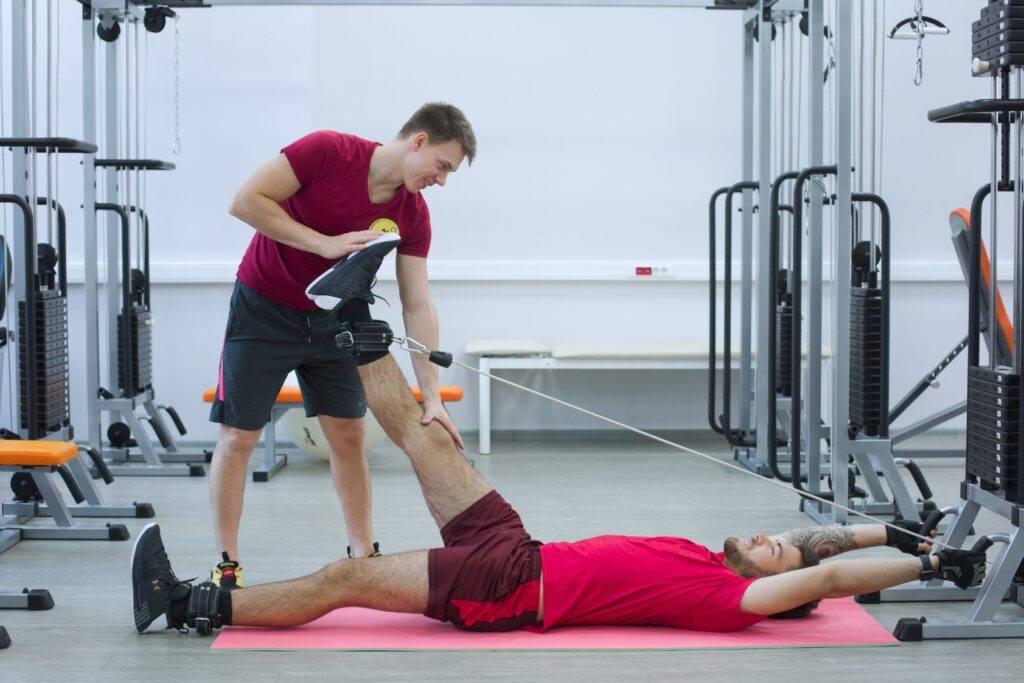 9 самых опасных упражнений в спортазе   курсы и тренинги от лары серебрянской
