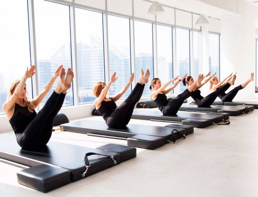 Пилатес для начинающих упражнения в домашних условиях видео уроки