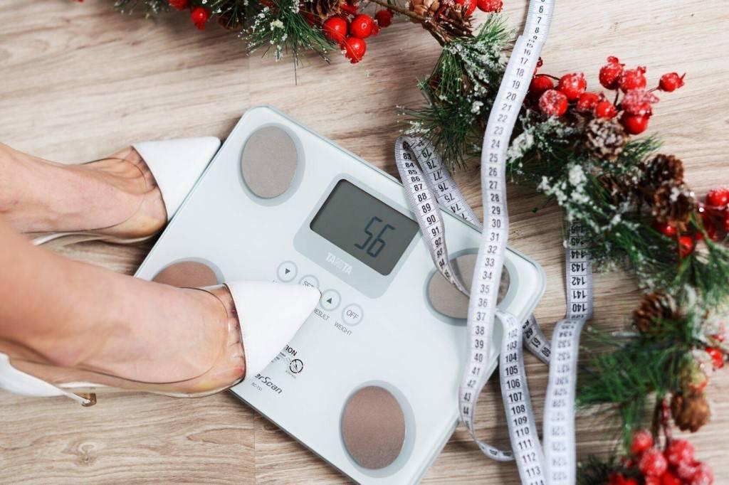 Как похудеть к новому году: быстрые диеты, советы диетологов и секреты звезд