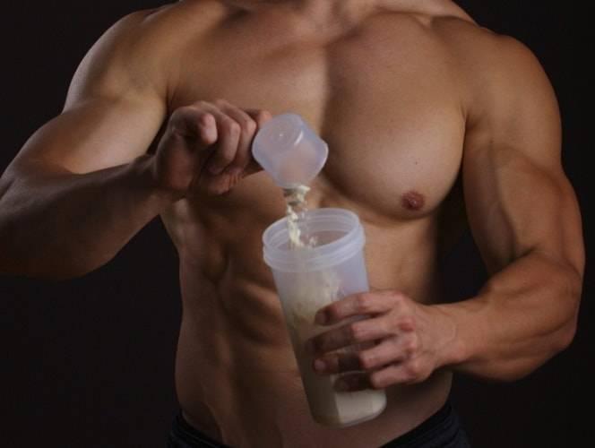 Вреден ли протеин для девушек?