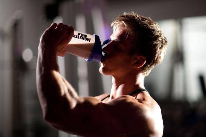 Можно ли пить протеин без тренировок: и будет ли от этого прок?