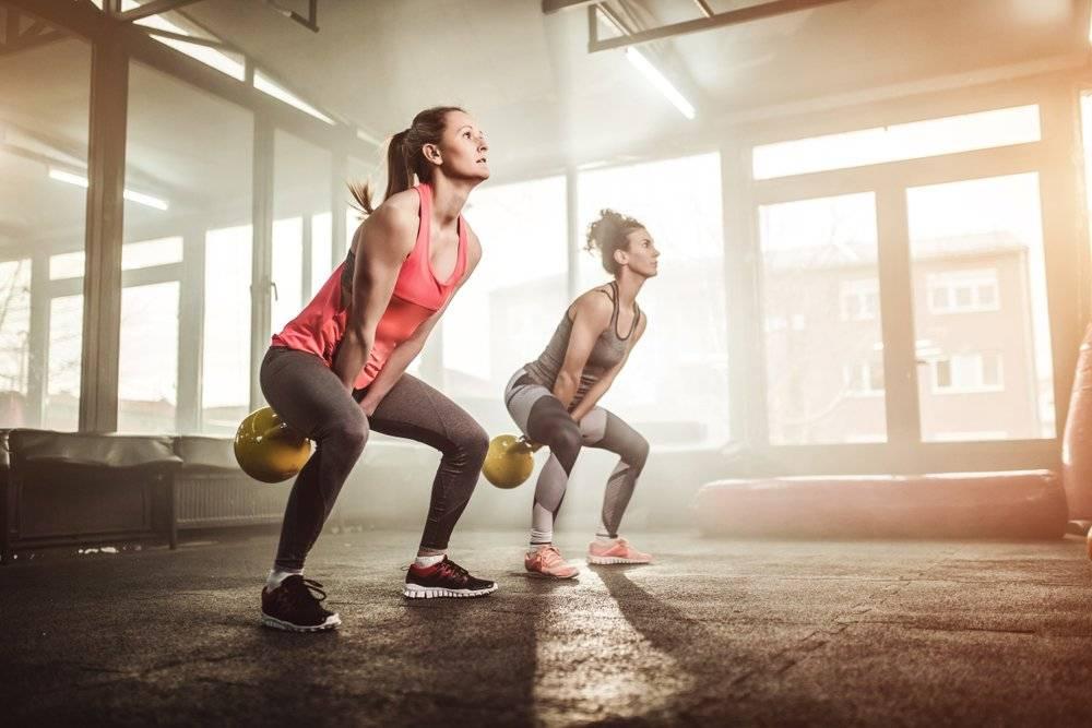 Упражнения и программа кроссфит тренировок для девушек