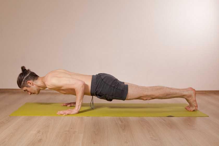 Упражнение ласточка: техника выполнения, какие мышцы работают