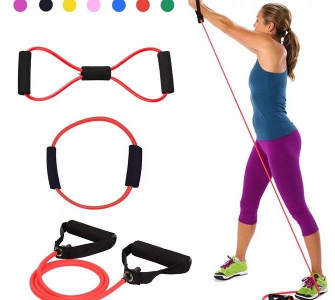 Упражнения с эластичной лентой для женщин в домашних условиях