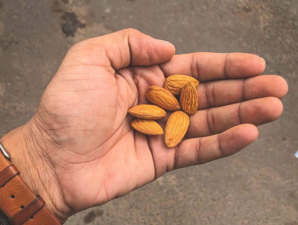 Чем полезны орехи: грецкий, фундук, кешью, миндаль… :: питание ::  «живи!