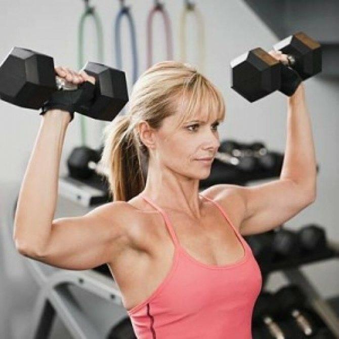 Упражнения в зале для женщин после 50 лет